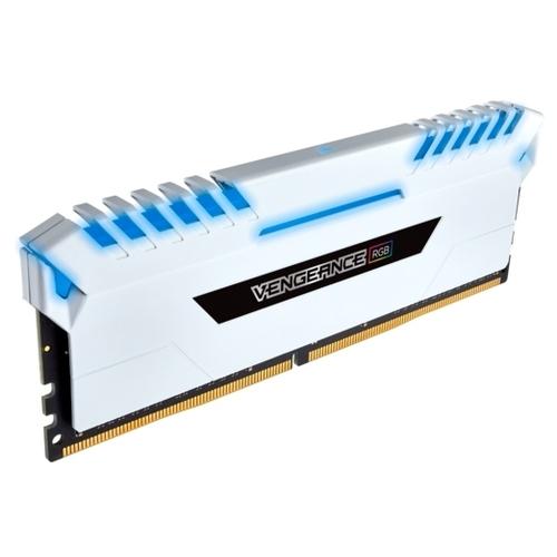 Оперативная память 8 ГБ 4 шт. Corsair CMR32GX4M4C3000C16W