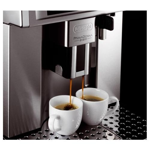 Кофемашина De'Longhi ESAM 6700 PrimaDonna Avant