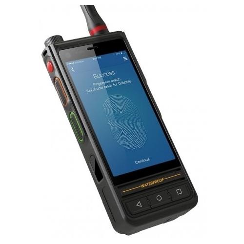 Смартфон Runbo E81