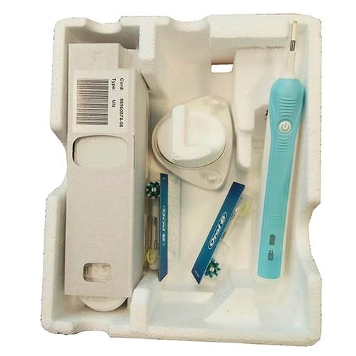 Электрическая зубная щетка Oral-B Pro 650 CrossAction