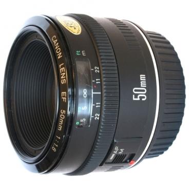 Объектив Canon EF 50mm f/1.8