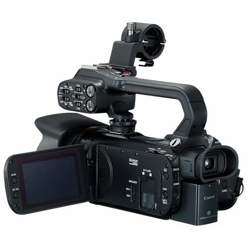 Видеокамера Canon XA15