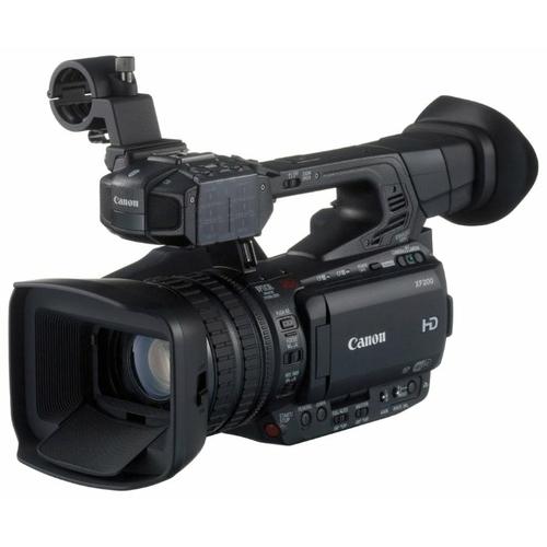 Видеокамера Canon XF200