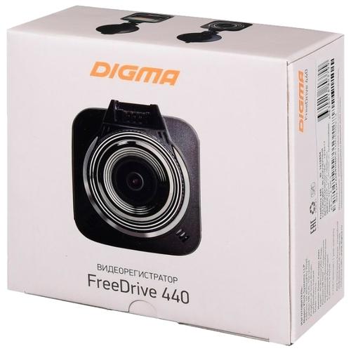 Видеорегистратор Digma FreeDrive 440