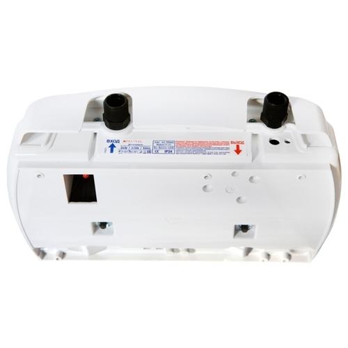 Проточный электрический водонагреватель Atmor Lotus 5 кран