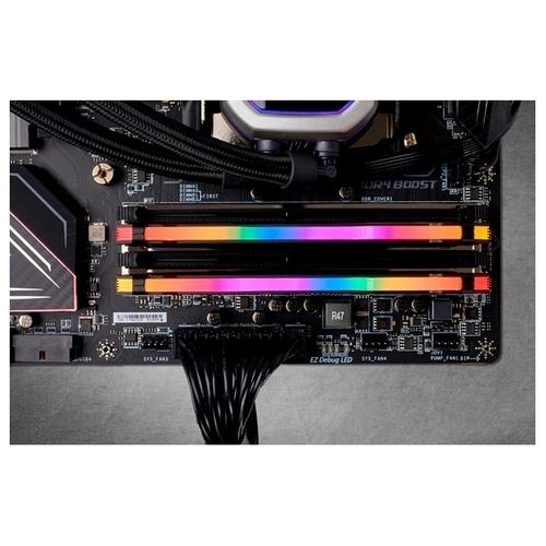 Оперативная память 8 ГБ 2 шт. Corsair CMW16GX4M2C3200C14