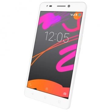 Смартфон BQ Aquaris M5.5 3/16GB