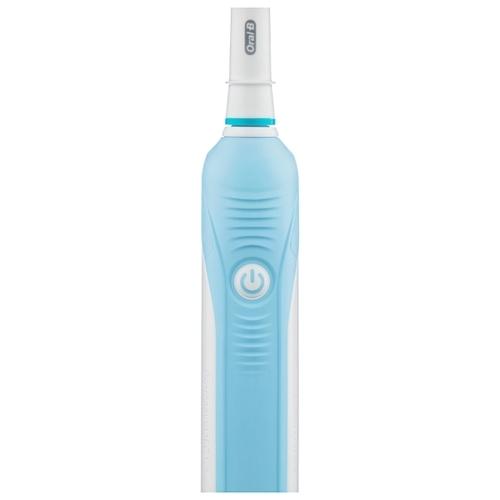 Электрическая зубная щетка Oral-B Professional Care 500