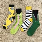 103.98 руб. 20% СКИДКА|Носки из чесаного хлопка с разноцветными животными для мужчин и женщин в британском стиле, крутые повседневные платья, забавные носки для вечеринок, 1 пара = 2 шт. ms08-in Мужские носки from Нижнее белье и пижамы on Aliexpress.com | Alibaba Group