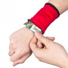 58.88 руб. 30% СКИДКА|Открытый запястье кошелек на молнии Running ручной фонарик сумка для MP3 ключ сумка для визитных карточек случае бадминтон баскетбол браслет напульсник-in Принадлежности для самообороны from Безопасность и защита on Aliexpress.com | Alibaba Group