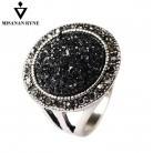 MISANANRYNE Hot Fashion Black Broken Stone Accessories Rings For Women Bohemia Style Engagement Ring-in Rings from Jewelry & Accessories on AliExpress