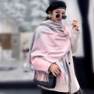 1289.34 руб. |2018 новый зимний шарф Женская мода геометрический полосатый платок с запахом высокого качества кашемировые шейные платки сгущаться теплое одеяло шарфы купить на AliExpress