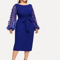 Размер плюс платье-карандаш с сетчатыми рукавами и 3D аппликацией