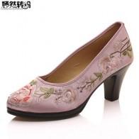 Женские туфли-лодочки; китайские атласные туфли с цветочной вышивкой на среднем каблуке; элегантные женские туфли с круглым носком в стиле ...