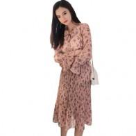 1084.02 руб. 49% СКИДКА|Винтажное женское платье с цветочным принтом и бантом, плиссированное женское шифоновое платье с расклешенными рукавами, 2019 женское миди Vestidos LJ419-in Платья from Женская одежда on Aliexpress.com | Alibaba Group