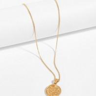 Ожерелье с подвеской в форме монеты