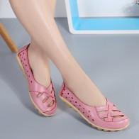 566.54 руб. 56% СКИДКА|Балетки на плоской подошве 2018, женская обувь из натуральной кожи, женская обувь с мягкой подошвой и перфорацией, слипоны, дышащая женская обувь на плоской подошве купить на AliExpress
