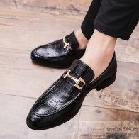 US $29.1 41% OFF|Pointed Toe Mens Dress Shoes Genuine Leather Luxury Wedding Shoes Floral Print Men Flats Office wedding party Formal Shoes k4-in Men