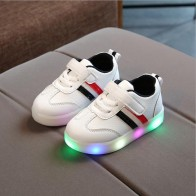 US $6.97 18% OFF|New Brand Cute Breathable Kids Light Shoes High Quality Spring/Autumn Baby Girls Boys Toddlers Fashion LED Children Sneakers-in Sneakers from Mother & Kids on Aliexpress.com | Alibaba Group