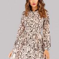 Однобортное платье с принтом змеиным