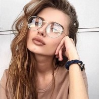 US $1.5 |2018 New Designer Woman Glasses Optical Frames Metal Round Glasses Frame Clear lens Eyeware Black Silver Gold Eye Glass-in Men