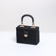 716.79руб. 30% СКИДКА|Соломенная сумка квадратной формы, черная коробка, сумки из ротанга, пляжная сумка, сумка на плечо для телефона, женские сумки, металлическое украшение-in Сумки с ручками from Багаж и сумки on AliExpress
