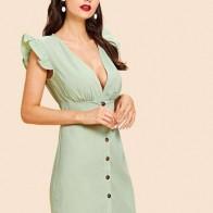 Однобортное платье и со складками