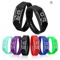 64.11 руб. 26% СКИДКА|2018 новый модный светодиодный спортивный бегущий браслет Дата резиновый браслет цифровые наручные часы спортивные часы женские мужские фитнес часы-in Цифровые часы from Ручные часы on Aliexpress.com | Alibaba Group