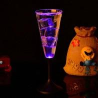 202.79 руб. 15% СКИДКА|Воды индуктивной светодиодный Кубок светящиеся шампанское Пиво Вино Пить жидких фруктовых соков Стекло кружка фестиваль вечерние Drinkware Стекло-in Прочее стекло from Дом и сад on Aliexpress.com | Alibaba Group