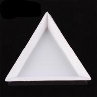 17.66 руб. 45% СКИДКА|Сделай сам украшение для дизайна ногтей, пластмассовый кристалл, треугольный поднос, стразы, алмазная плита для маникюра, инструменты-in Стразы и украшения from Красота и здоровье on Aliexpress.com | Alibaba Group