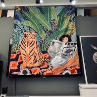 889.66руб. 10% СКИДКА|Тигр и маленькая девочка, для чтения книги, гобелен, для общежития, для отдыха, подвесная ткань, для гостиной, на стену, занавеска, подвесная ткань-in Гобелен from Дом и животные on AliExpress - 11.11_Double 11_Singles