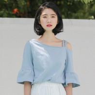 2018 лето новый росы плеча Половина рукава футболка для женщин корейский Цветы Вышивка футболки Женская Повседневная футболка купить на AliExpress