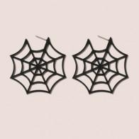 Серьги-гвоздики в форме паутины на Хэллоуин