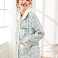 Пушистая пижама в клетку с вышитым текстовым принтом
