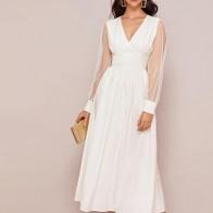 Платье с высокой талией и сетчатым рукавом