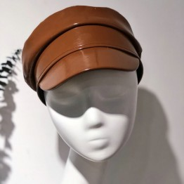 373.23 руб.  01810 axi модный сложный процесс джинсовая ткань рваный узор pu brim модная женская восьмиугольная кепка мужская женская шляпа купить на AliExpress