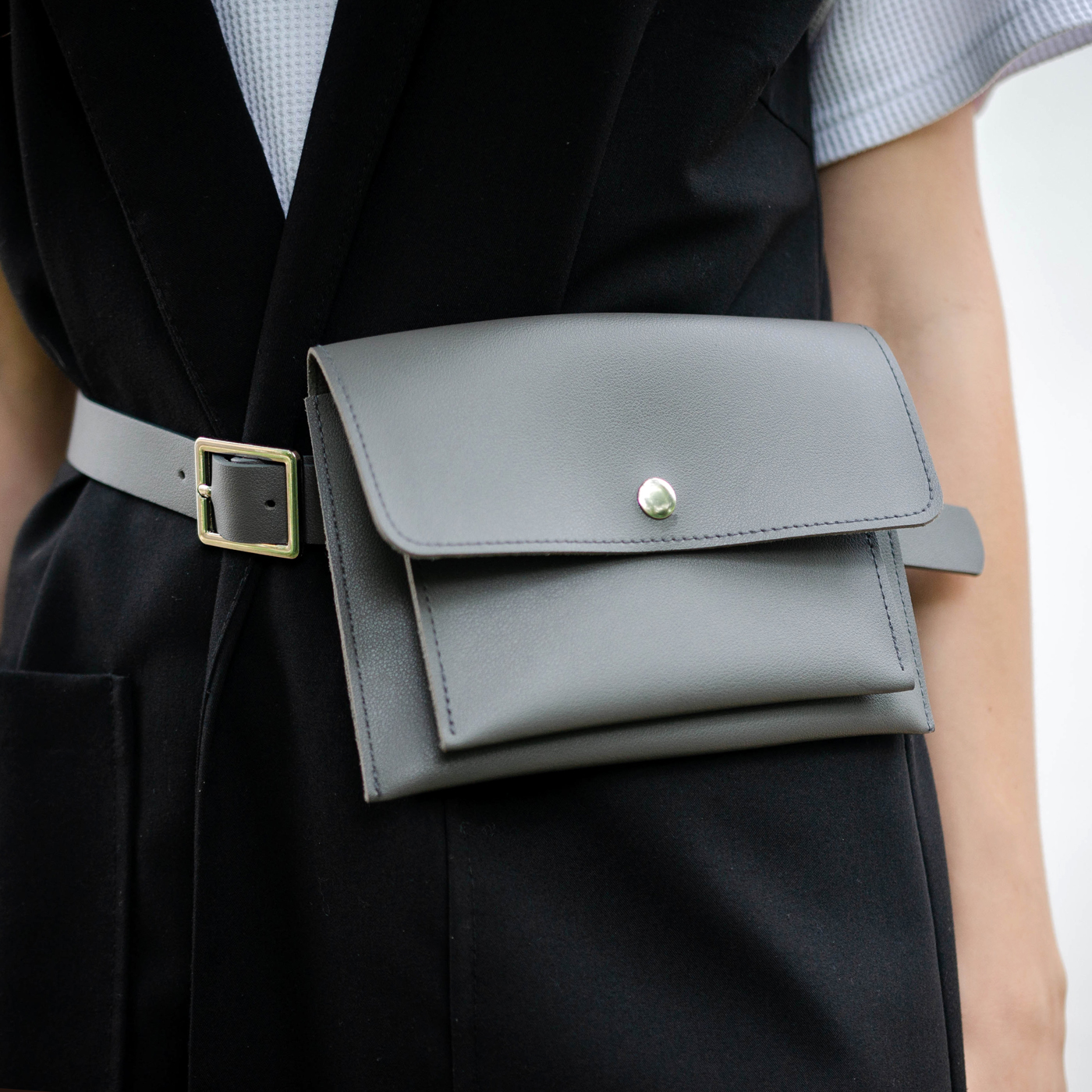 Крутая поясная сумка