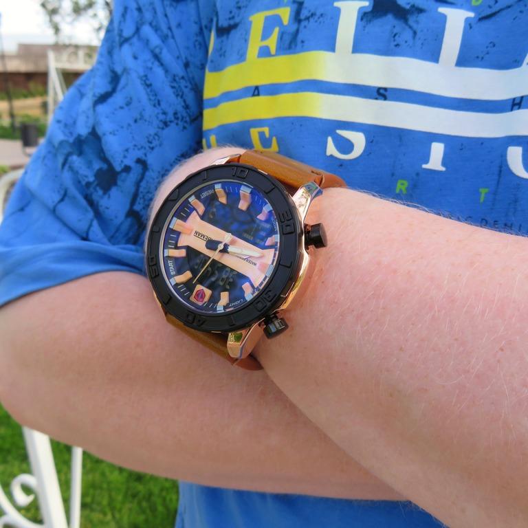 Элитные мужские часы с двойным дисплеем спортивного стиля от KADEMAN