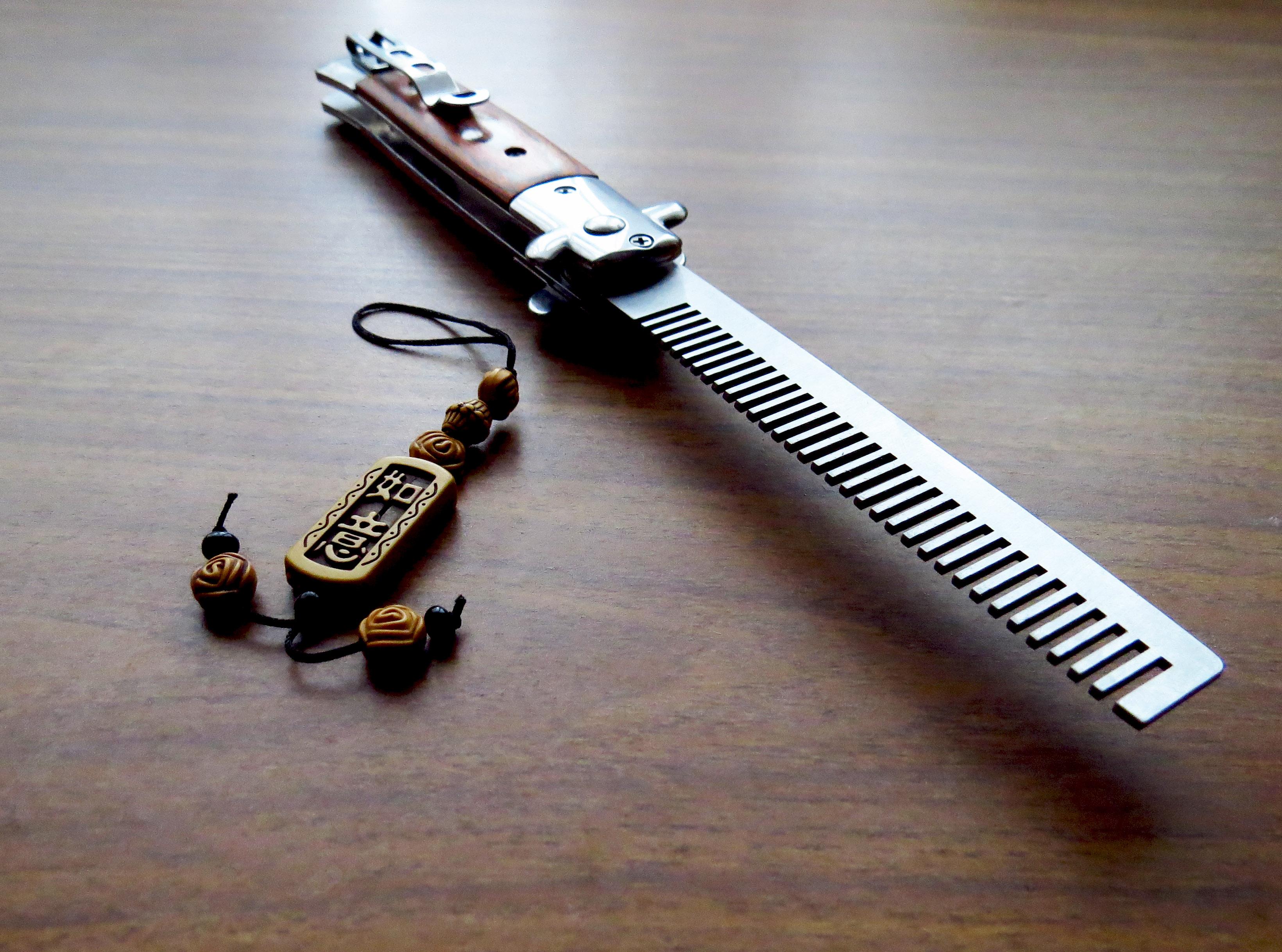 Складная расчёска-нож