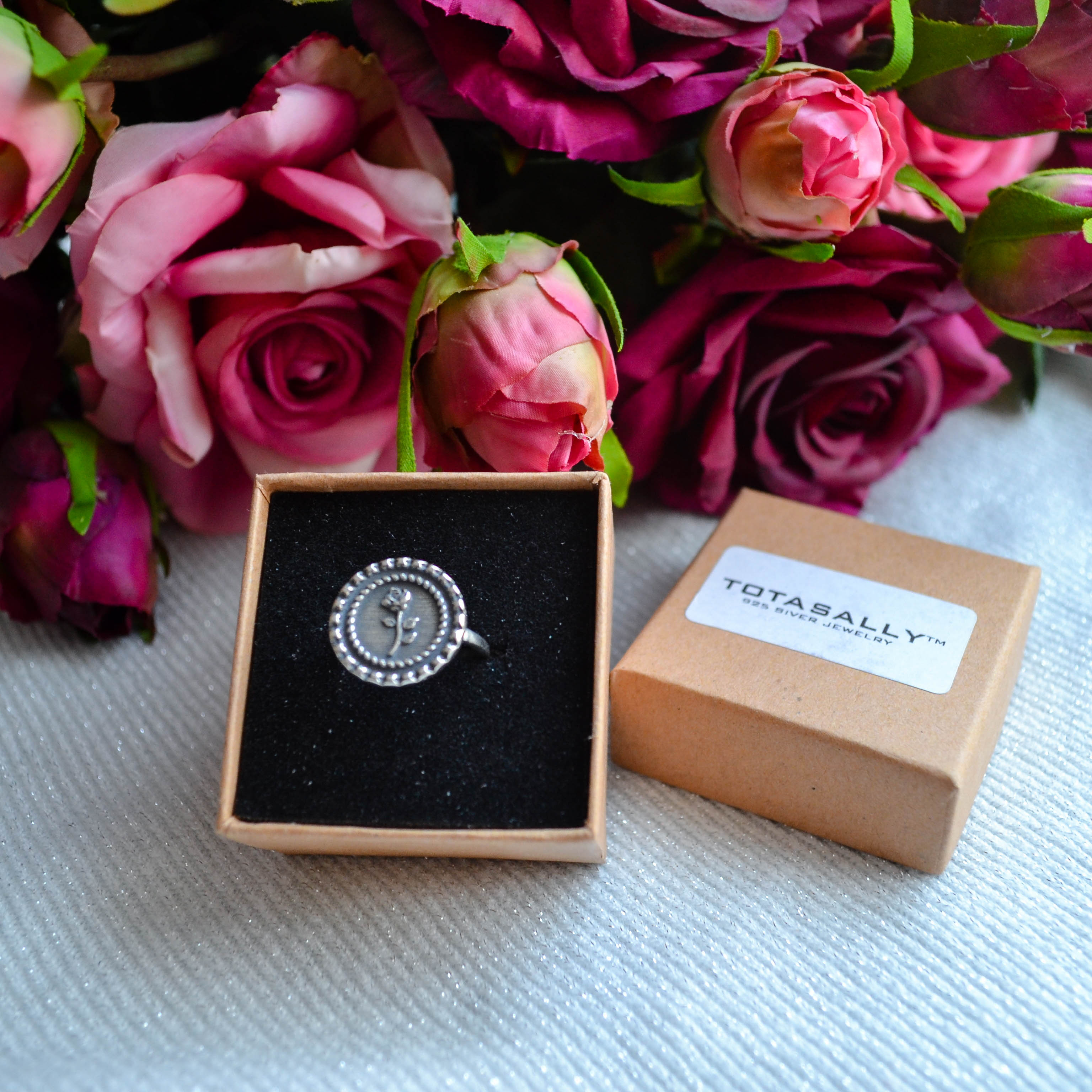 Винтажное серебряное кольцо с розойTotasally 925 silver jewelry