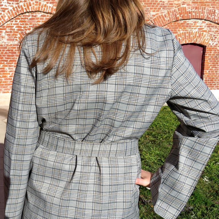 Cтильный пиджак от RUGOD
