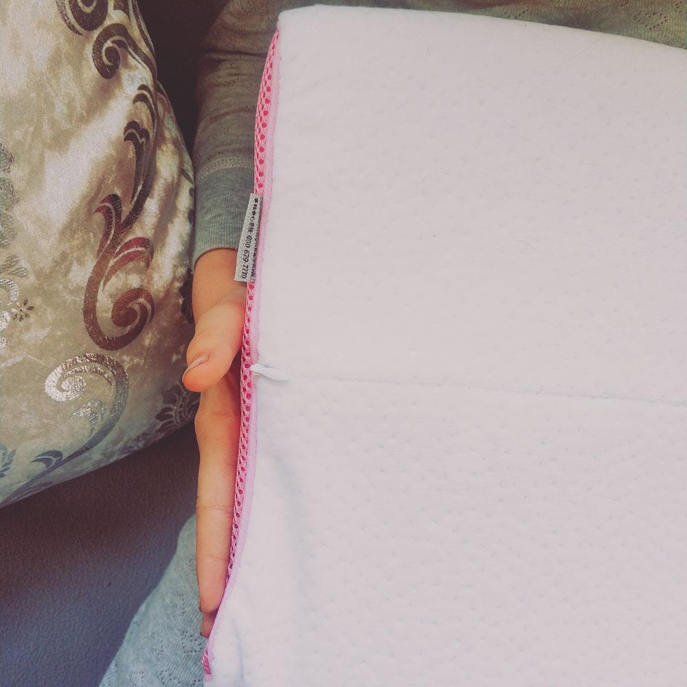 Подушка для детей с содержанием латекса 90