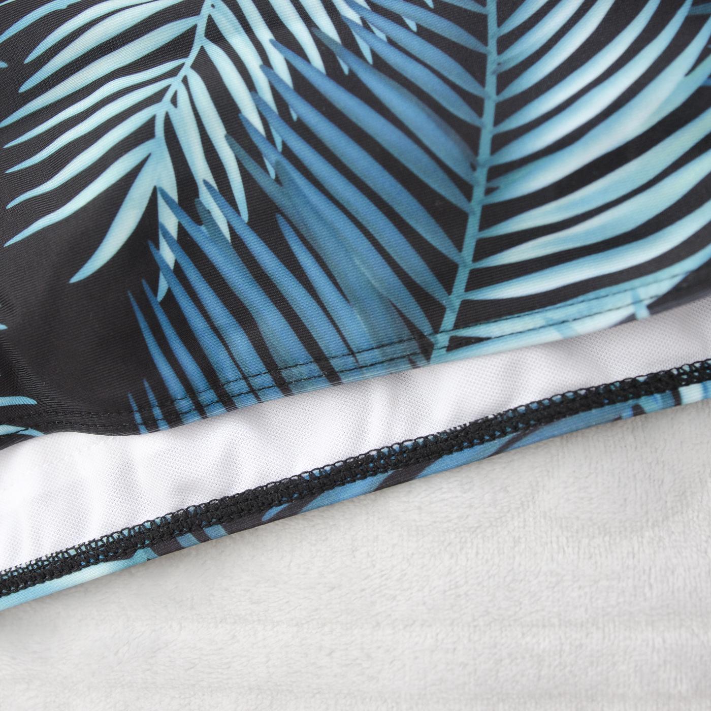 Купальник с тропическими листьями