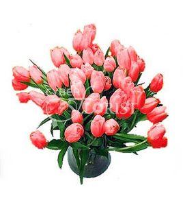 Что подарить женщине на 8 марта: 45 идей для подарка