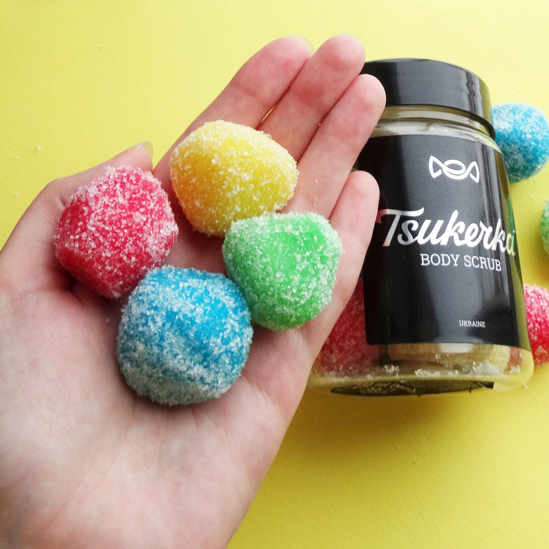 Нет, это не мармелад в сахаре! Это мягкий, конфетный скраб для тела с невероятным фруктовым ароматом