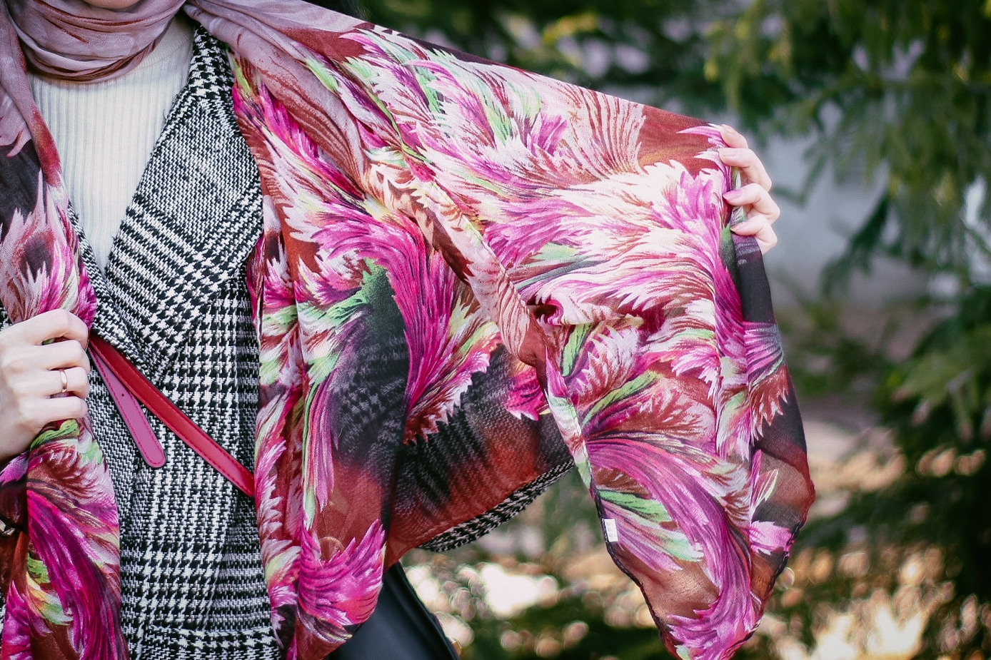 Симпатичный шарф на весну