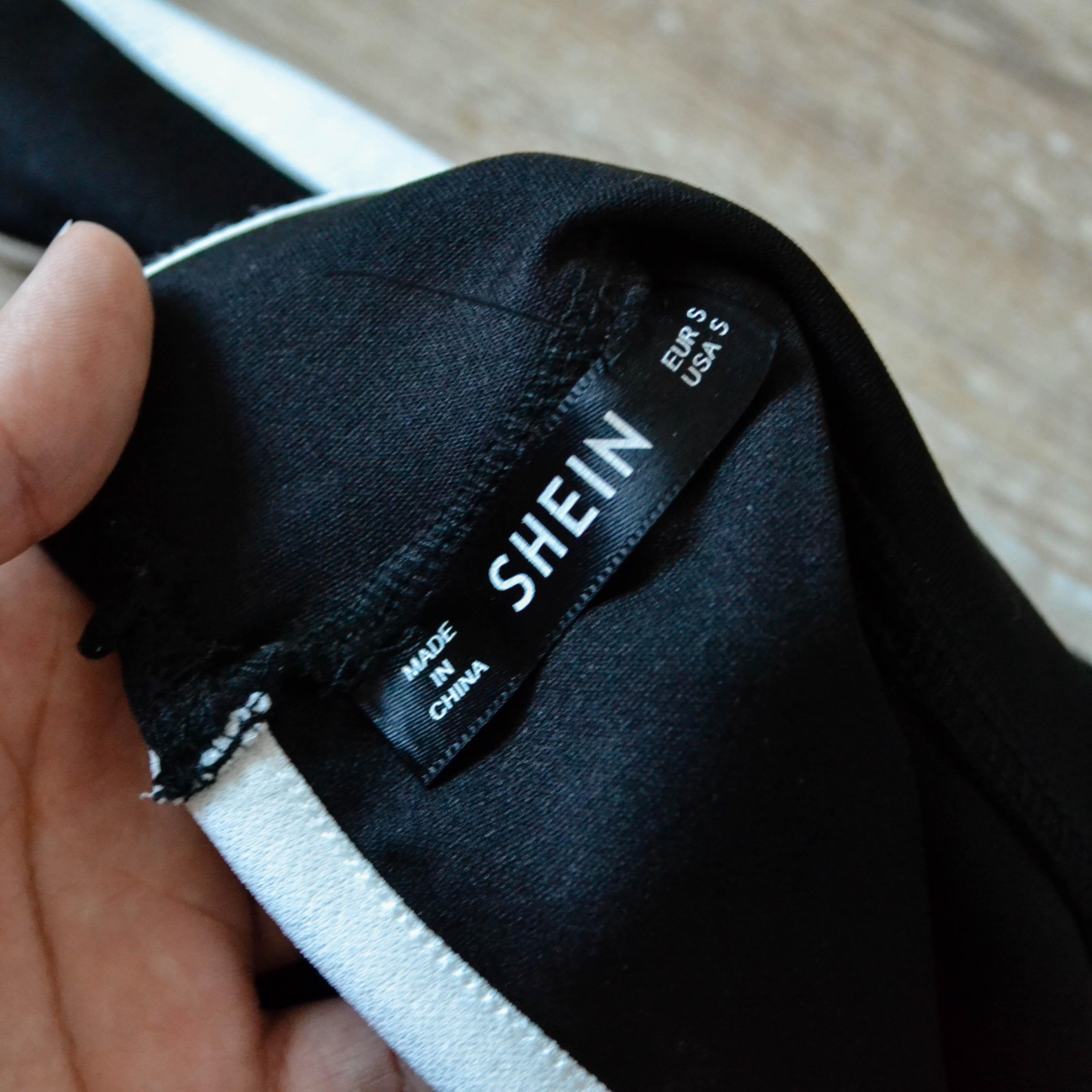 Интересная блуза с игривым воланом Sheinside