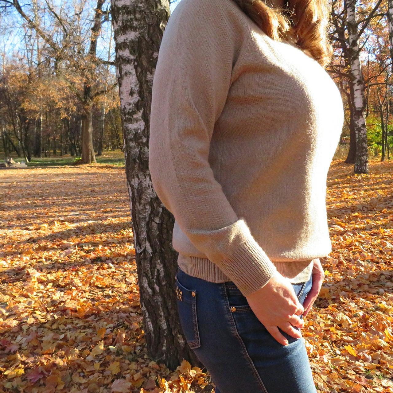Невероятно мягкий, теплый и приятный к телу кашемировый свитер с высоким воротом