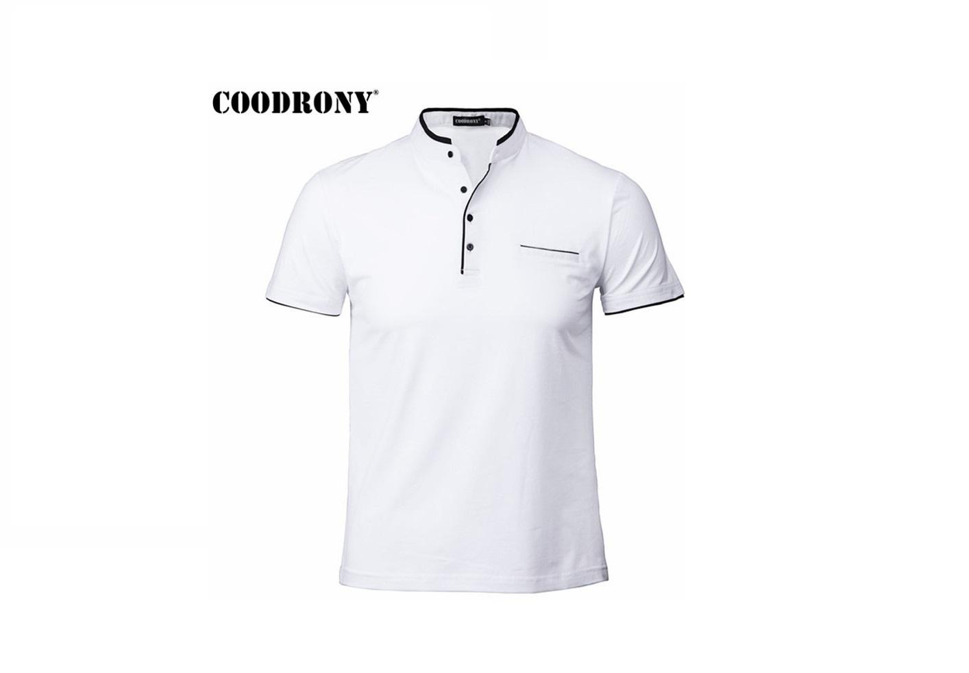 Стильная футболка с коротким рукавом