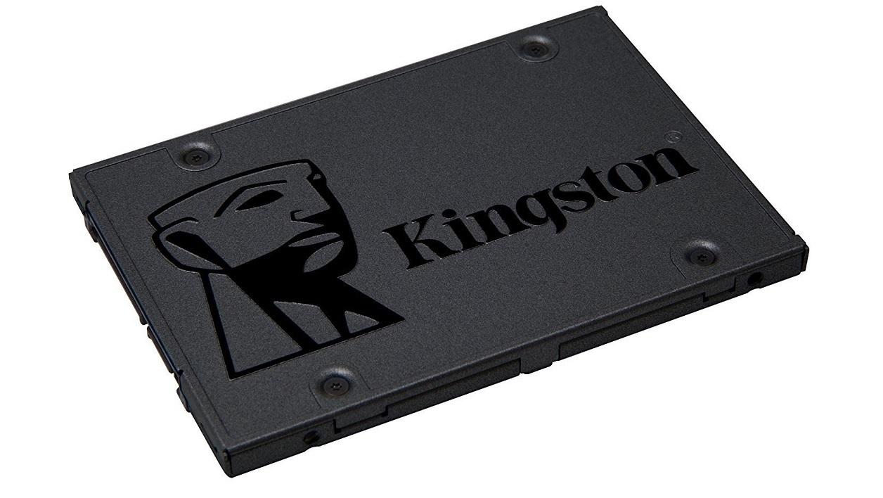 Kingston A400 SSD диск.